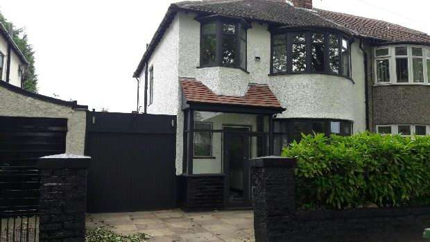 3 Bedrooms Semi Detached House for sale in Brodie Avenue, Liverpool