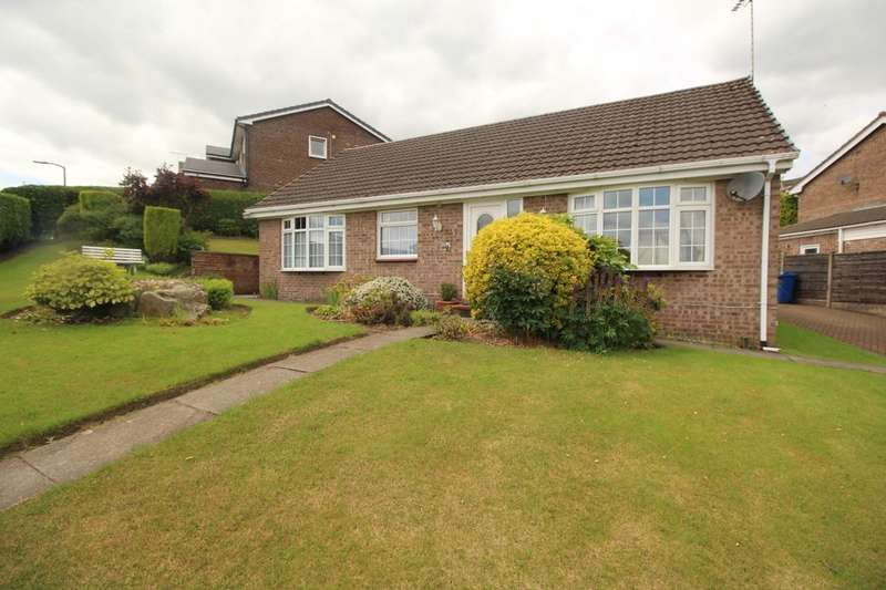 3 Bedrooms Detached Bungalow for sale in Sleaford Close, Bury, BL8