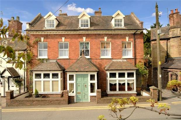 5 Bedrooms Town House for sale in Church Street, Madeley, Shropshire