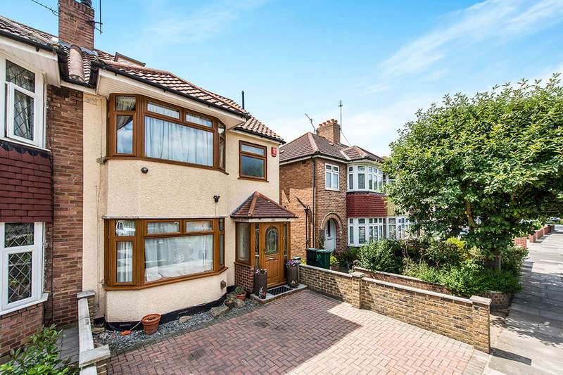 4 Bedrooms Semi Detached House for sale in Nelson Road, Whitton, Twickenham, TW2