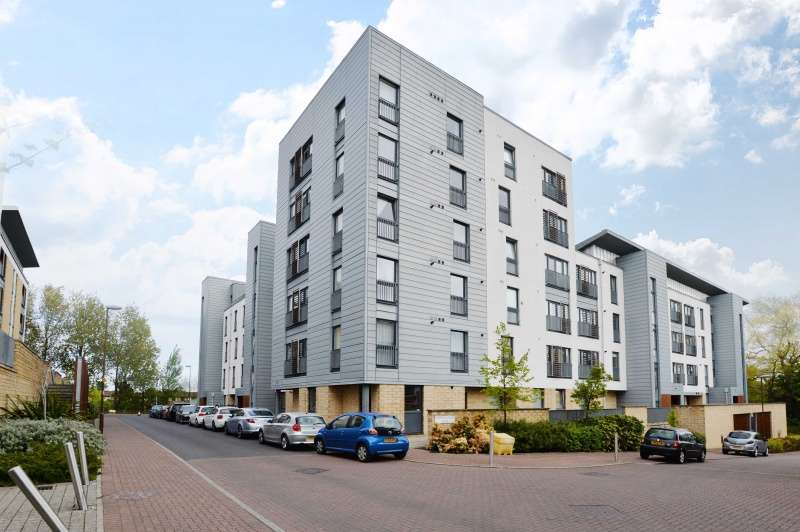 2 Bedrooms Flat for sale in Kimmerghame Drive, Edinburgh, EH4 2GJ