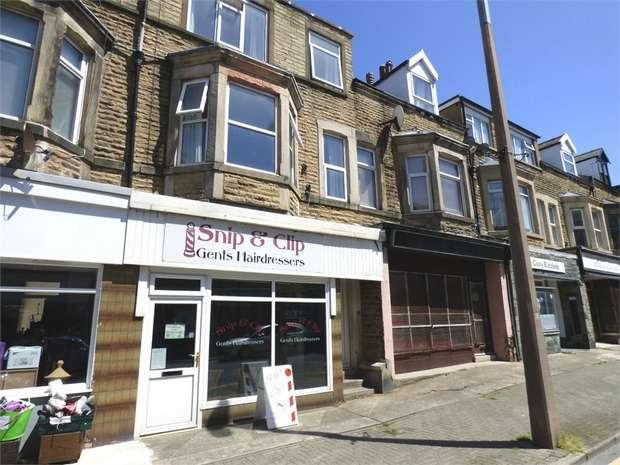 2 Bedrooms Maisonette Flat for sale in Albert Road, Morecambe, Lancashire