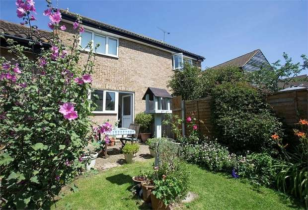 2 Bedrooms Semi Detached House for sale in Glendale, South Woodham Ferrers, Chelmsford, Essex