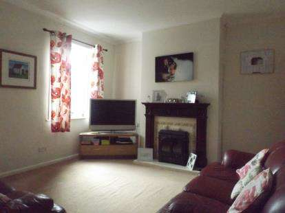 2 Bedrooms Semi Detached House for sale in New Street, North Wingfield, Chesterfield, Derbyshire