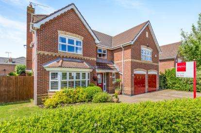 5 Bedrooms Detached House for sale in Boden Drive, Willaston, Nantwich, Cheshire