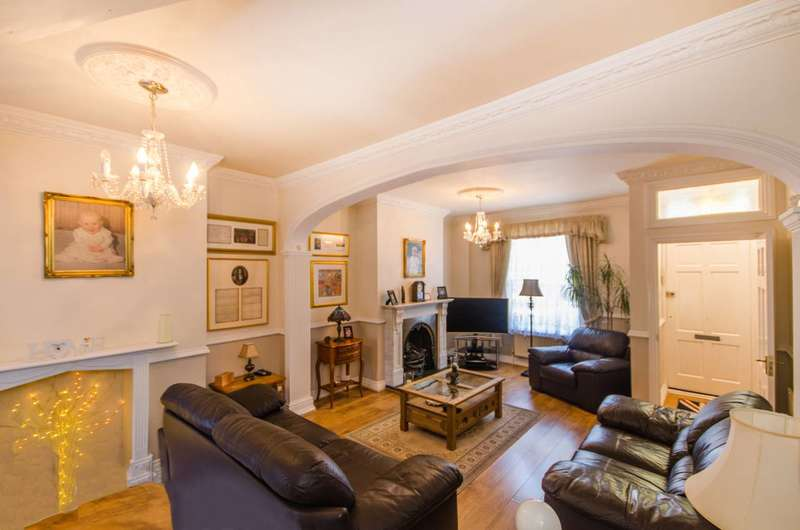 3 Bedrooms House for sale in Salmon Lane, Limehouse, E14