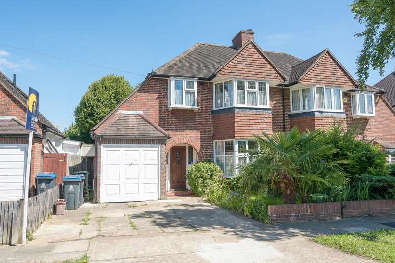 3 Bedrooms Semi Detached House for sale in Arundel Road, Kingston upon Thames, KT1