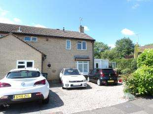3 Bedrooms End Of Terrace House for sale in Pegasus Court, Bewbush, Crawley, West Sussex