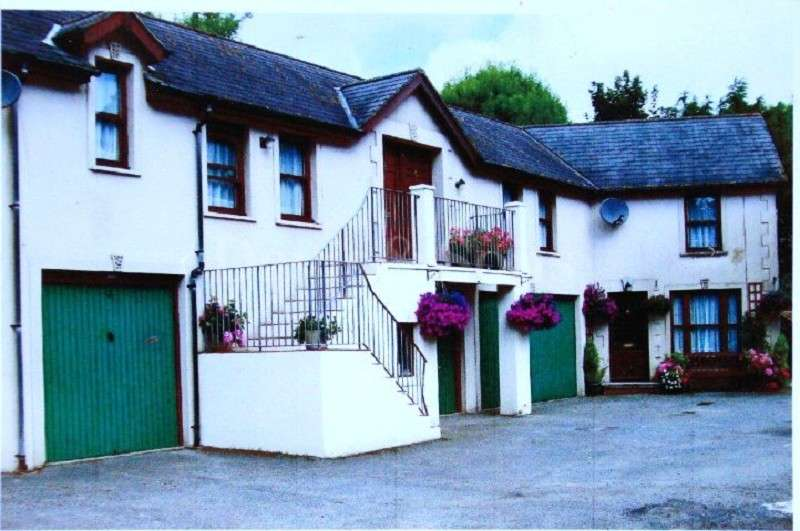 Mews House for sale in The Norton , Tenby, Pembrokeshire. SA70 8AB