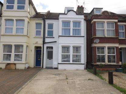 5 Bedrooms Terraced House for sale in Clacton-On-Sea, Essex