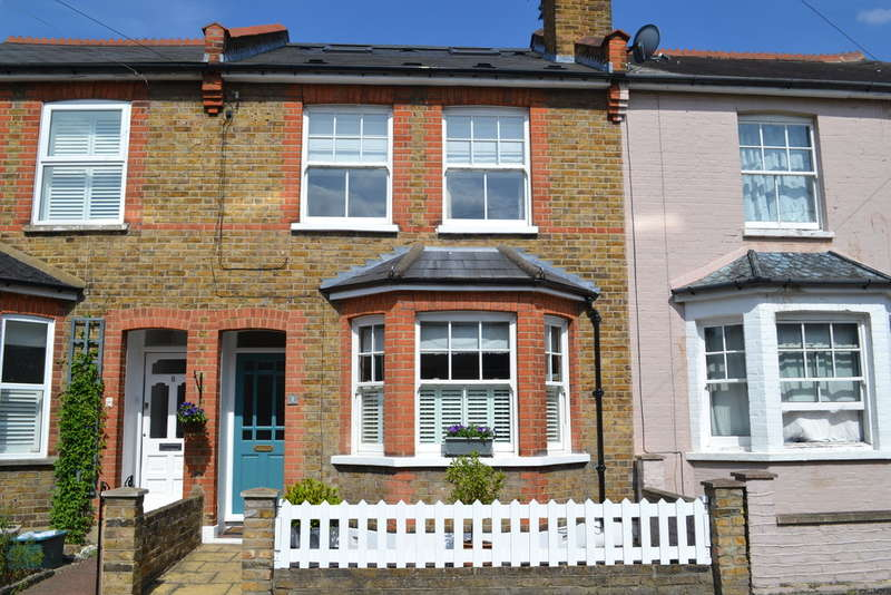3 Bedrooms Terraced House for sale in Birchington Road, Surbiton