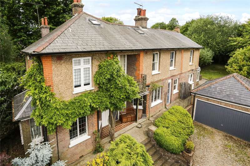 3 Bedrooms Semi Detached House for sale in South Road, Chorleywood, Rickmansworth, Hertfordshire, WD3