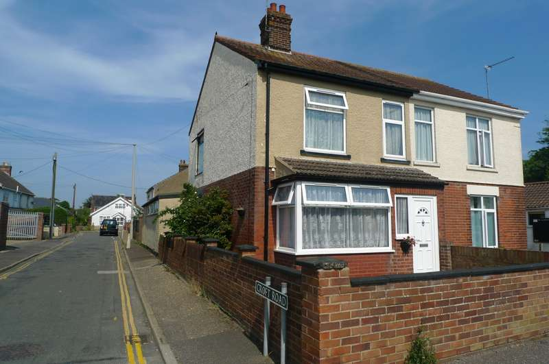 4 Bedrooms House for sale in High Street, Caister On Sea, NR30