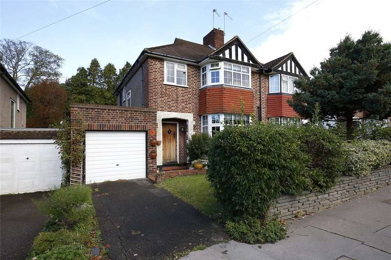 3 Bedrooms Semi Detached House for sale in Waddington Way, Crystal Palace, London