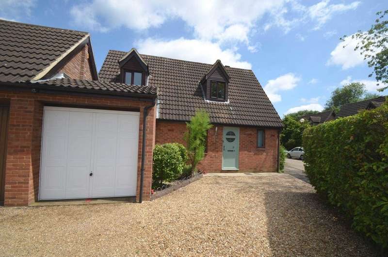 3 Bedrooms Link Detached House for sale in Bancroft