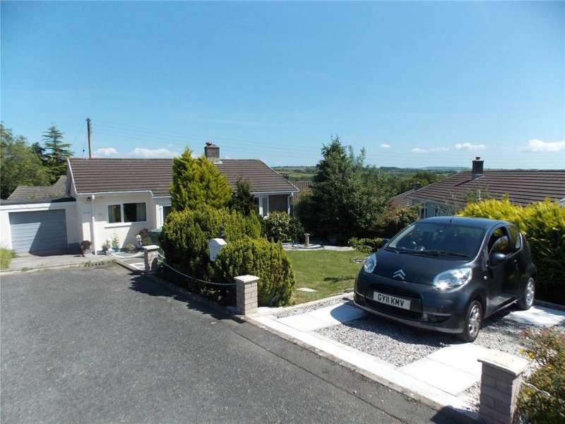 2 Bedrooms Bungalow for sale in Darts Close, St Giles On The Heath, Launceston