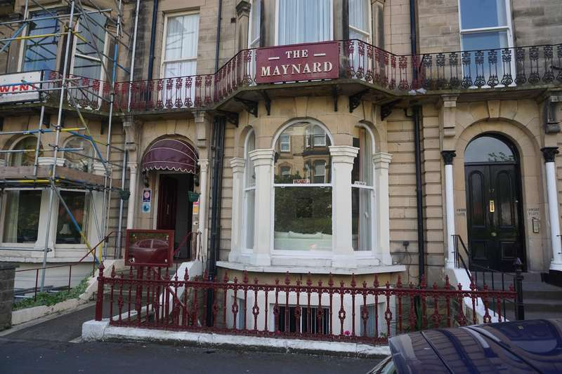 12 Bedrooms Guest House Gust House for sale in Esplanade Gardens, Scarborough, YO11 2AW