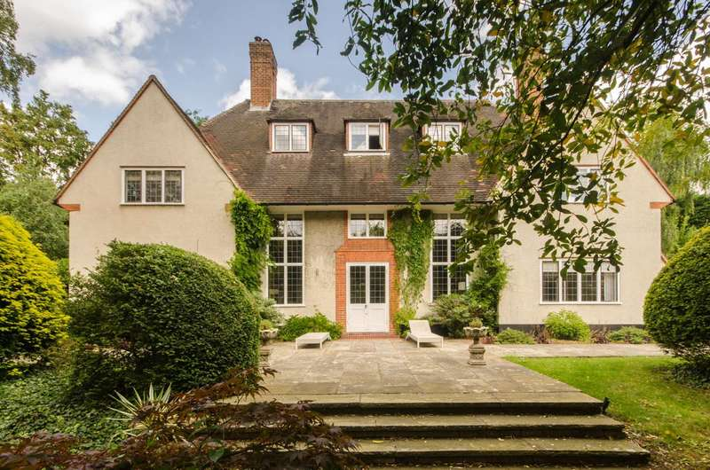 5 Bedrooms House for sale in Cottenham Park, West Wimbledon, SW20