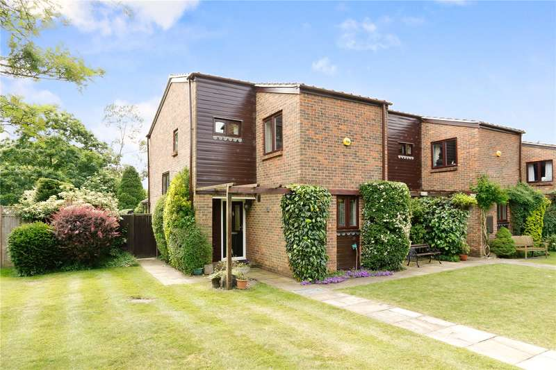 4 Bedrooms Semi Detached House for sale in Spring Close, Latimer, Chesham, Buckinghamshire, HP5