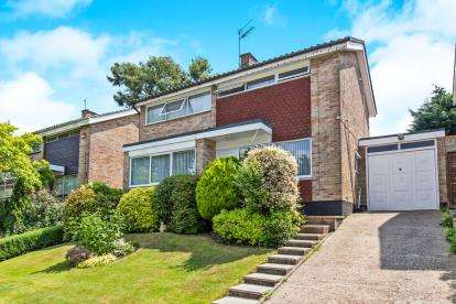 3 Bedrooms Detached House for sale in Waterlooville, Hampshire, Waterlooville