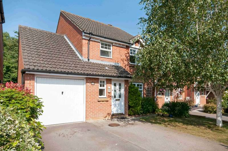3 Bedrooms Detached House for sale in Havant, Hampshire