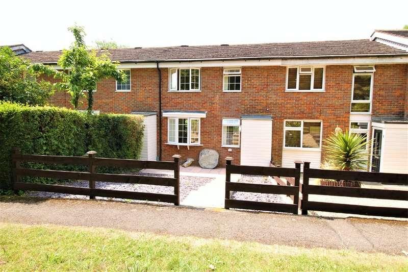 2 Bedrooms Terraced House for sale in Nash Mills, Hemel Hempstead