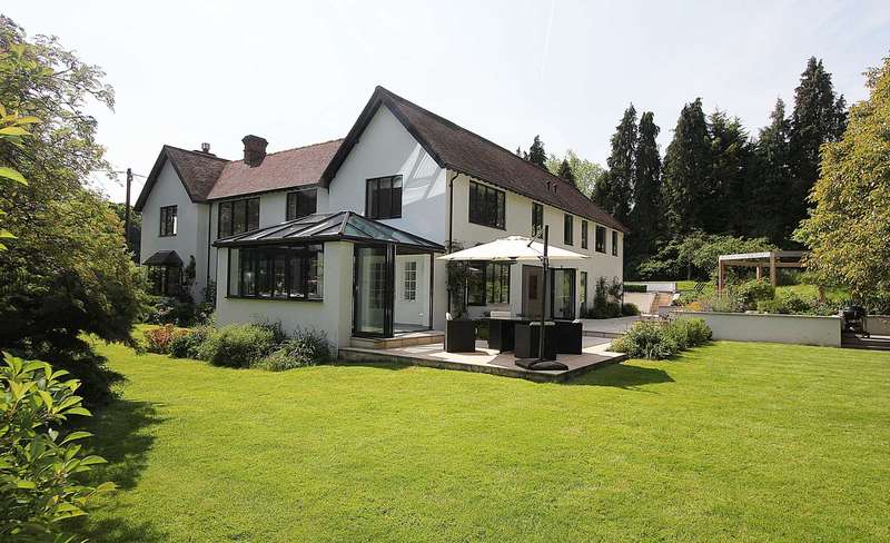 6 Bedrooms Detached House for sale in Bere Court Road, Pangbourne, Berkshire