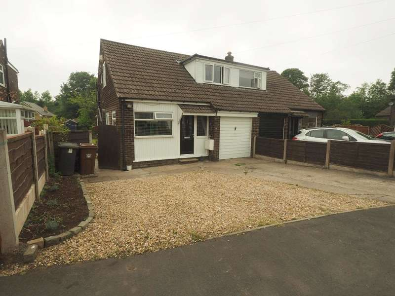 3 Bedrooms Semi Detached House for sale in Laneside Close, Chapel-en-le-Frith, High Peak, Derbyshire, SK23 0TS