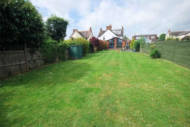 4 Bedrooms Semi Detached House for sale in Wendover Road, Weston Turville, Buckinghamshire