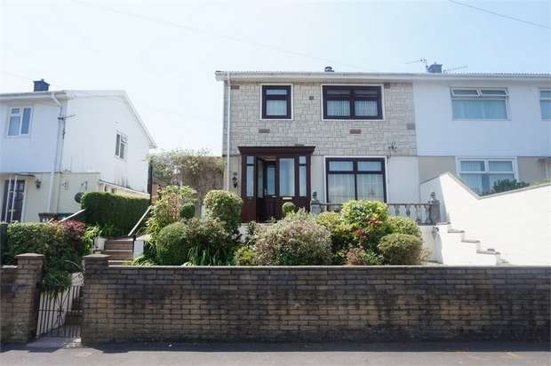 3 Bedrooms Semi Detached House for sale in St Gwladys Avenue, BARGOED, Caerphilly