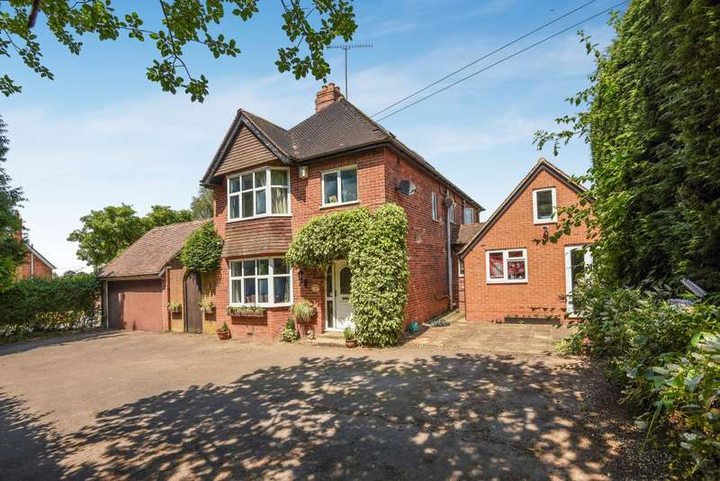 5 Bedrooms Detached House for sale in Remenham Hill, Remenham, Henley-On-Thames, RG9
