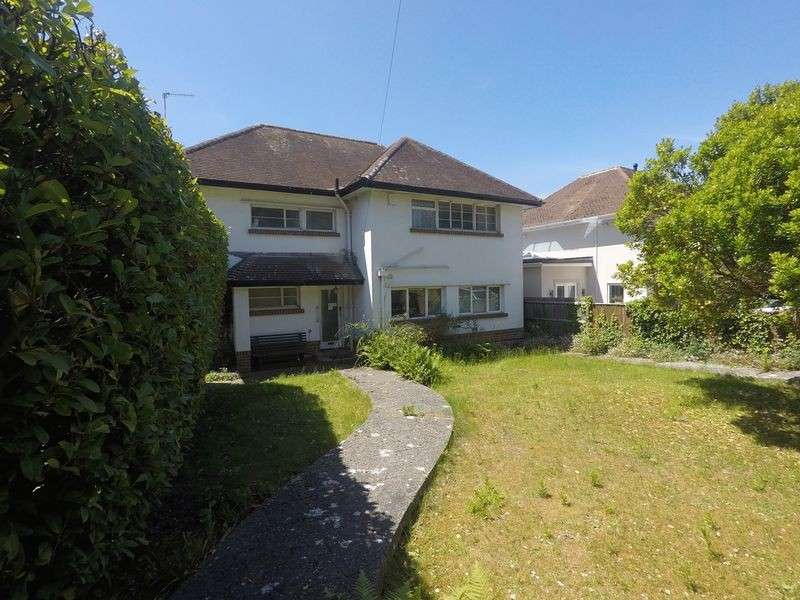 3 Bedrooms Detached House for sale in Sandbanks Road, Lilliput, Poole