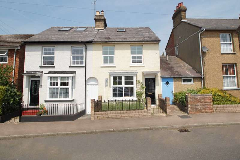 3 Bedrooms Semi Detached House for sale in George Street, Old Town, Hemel Hempstead