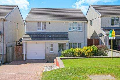 4 Bedrooms Detached House for sale in Foxhole, St Austell, Cornwall