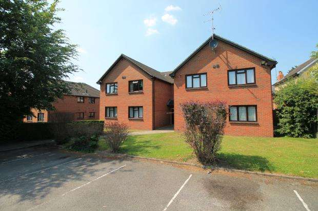 1 Bedroom Flat for sale in Cromwell Road, Camberley, Surrey