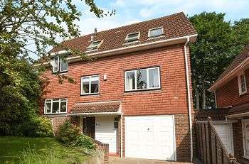 4 Bedrooms Detached House for sale in Woodchurch Drive, Elmstead Woods, Bromley, Kent, BR1 2TH