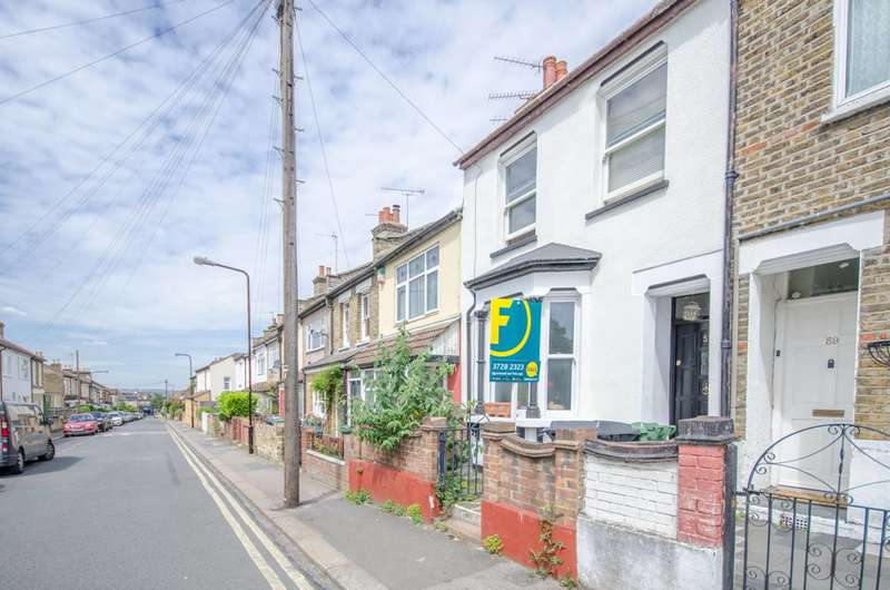 2 Bedrooms Flat for sale in Milton Road, Walthamstow, E17