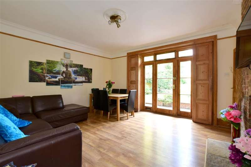 1 Bedroom Apartment Flat for sale in Dry Hill Park Road, Tonbridge, Kent