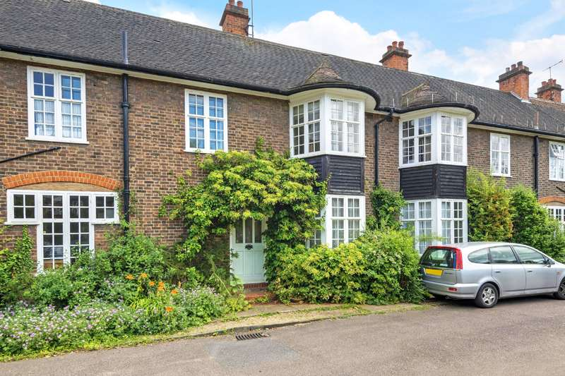 4 Bedrooms House for sale in Hampstead Way, Hampstead Garden Suburb