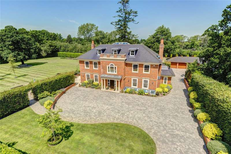 7 Bedrooms Detached House for sale in Fulmer Common Road, Fulmer, Buckinghamshire, SL3