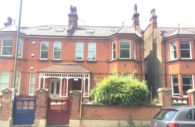 5 Bedrooms Semi Detached House for sale in Hammers Lane, Mill Hill, London, NW7 4BY