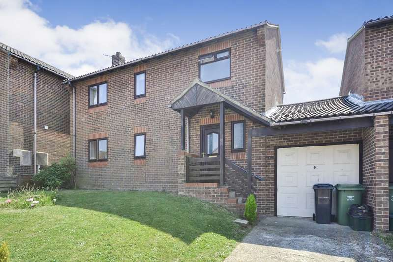 3 Bedrooms House for sale in Wentworth Close, Bexhill On Sea, TN40