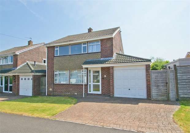 3 Bedrooms Detached House for sale in SHEPTON MALLET, Somerset, UK