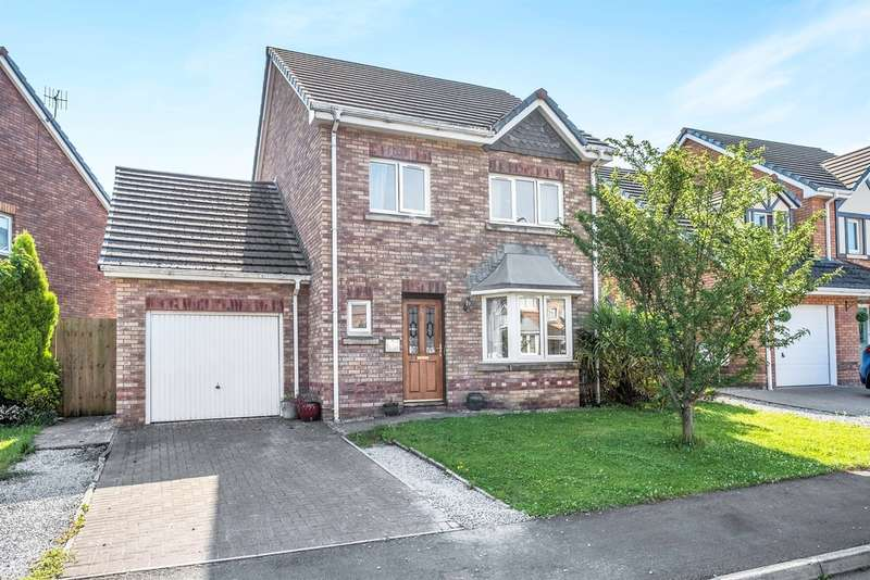 4 Bedrooms Detached House for sale in The Meadows, Skewen, Neath