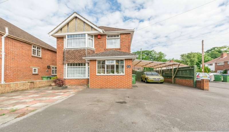 3 Bedrooms Detached House for sale in Sunningdale Gardens, Southampton, Hampshire, SO18