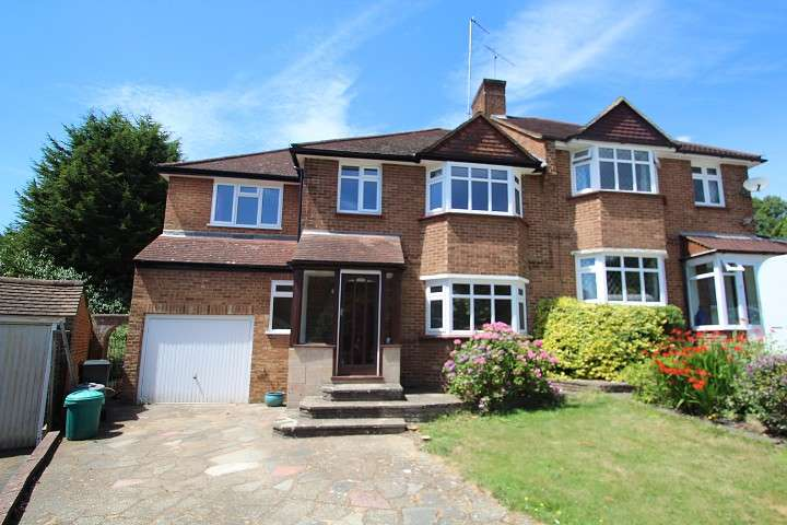 4 Bedrooms Semi Detached House for rent in Abbots Green, Croydon