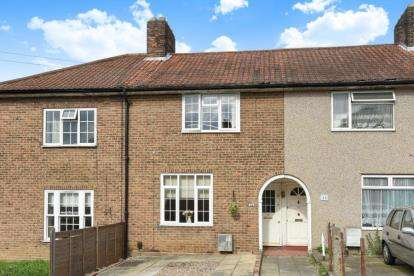 3 Bedrooms Terraced House for sale in Cranmore Road, Bromley