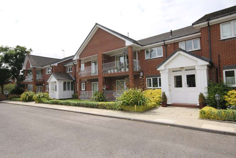 2 Bedrooms Flat for sale in Saxon Road, Southport