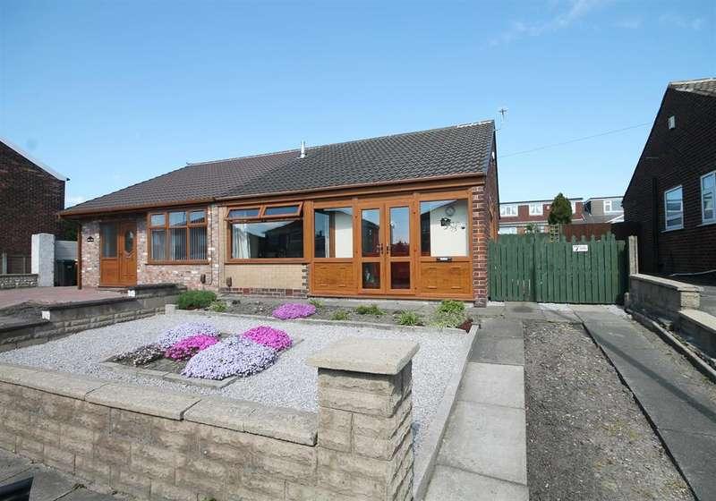 3 Bedrooms Semi Detached House for sale in Piggott Street, Farnworth, Bolton, BL4 9NS