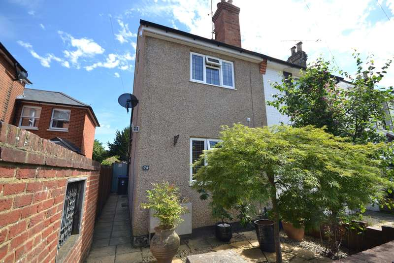 3 Bedrooms Semi Detached House for sale in West Byfleet